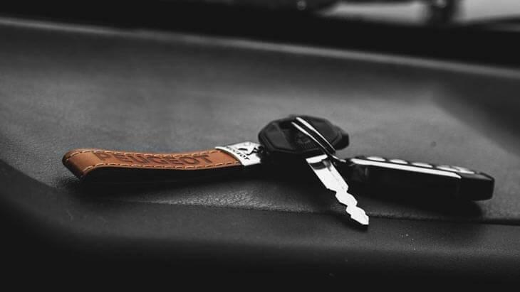 Aandeel Peugeot neemt verliesgevend Opel - koers Peugeot